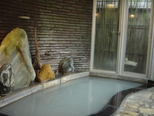 岩室温泉(新潟)・小松屋