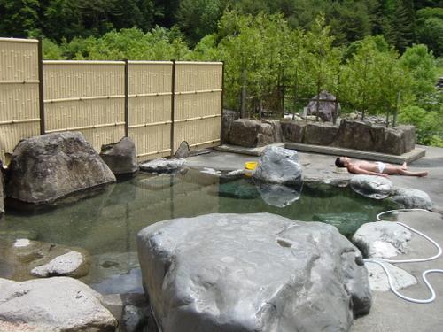 栃尾温泉(岐阜)・荒神の湯②